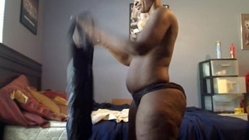 Thick Black MILF Fucking on Web camera - seductivegirlcams.com