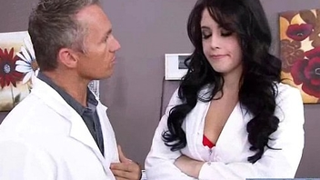 Hard Sex Down Doctor Office With Horny Patient (noelle easton) vid-25