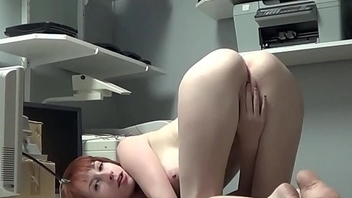 Dumb Zey Climaxes On Cam - Squirt4You.com