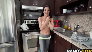 Tia Cyrus Does A Deep Cleaning