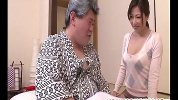 Oriental milf Mirei Yokoyama loves dealing such tasty dick